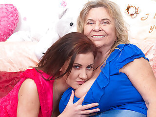 Two Hot And Steamy Old And Young Lesbians Getting Wet - MatureNL